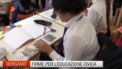 Bergamo - Raccolta di firme per l'Educazione civica
