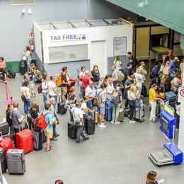 Nuovi ritardi nei voli da Orio al Serio Bergamaschi in attesa a Creta da 12 ore