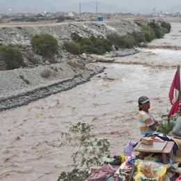 Volontari in azione contro i rifiuti nel Serio Scopri il colpo di genio del Perù - Video