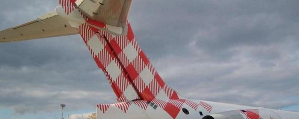 14 ore di ritardo in aeroporto a Orio Dopo Creta, problemi per Lampedusa