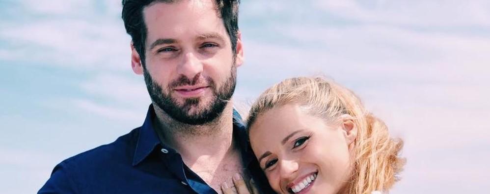 Michelle e Tomaso, gita sul lago  I post social che piacciono al Web