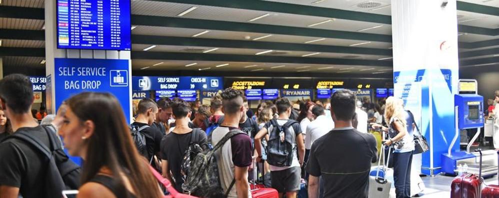 Scalo di Orio, ancora disagi per chi viaggia Da Gran Canaria oltre 9 ore di ritardo
