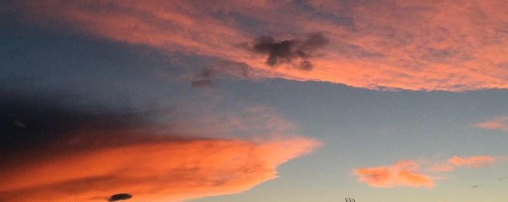 Maxi temporale nella notte a Bergamo Ancora rovesci, ma di giorno c'è il sole