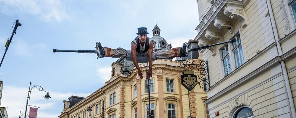 Tutto pronto per il Sarnico Busker festival Artisti di strada da tutto il mondo