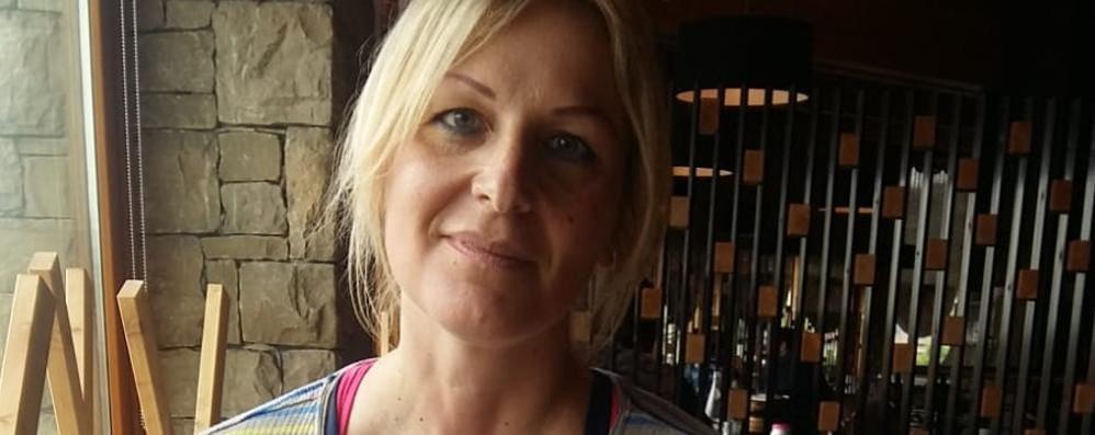 Il dolore di Mapello per Maria, la mamma morta nella piscina