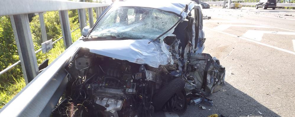 Tragedia all'alba a San Paolo d'Argon Morto giovane di 23 anni, un ferito grave