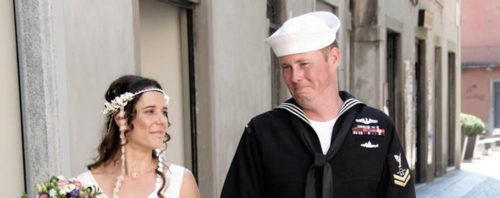No, a Treviglio non c'è il set di un film Si sposa un vero marinaio Usa