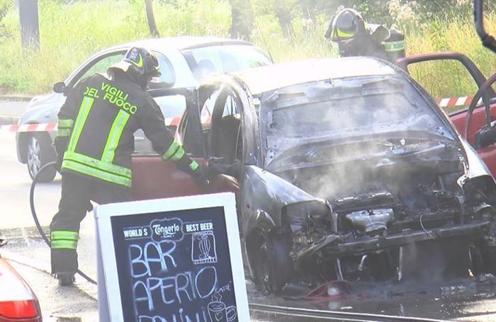 auto incendiata Torre Boldone