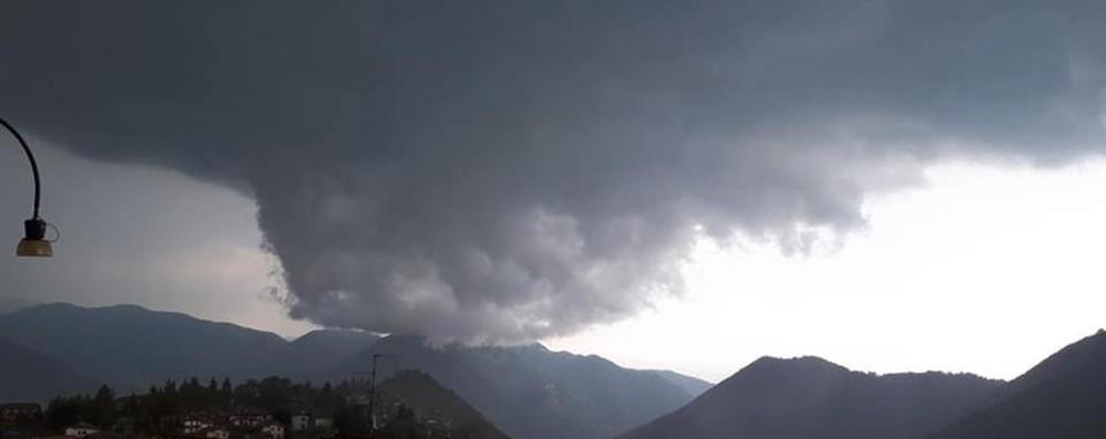 Forte temporale sulla Bergamasca Attenzione alla grandine: le previsioni