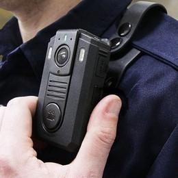«Body cam» per gli agenti, anche sui treni Bando di 300 mila euro della Regione