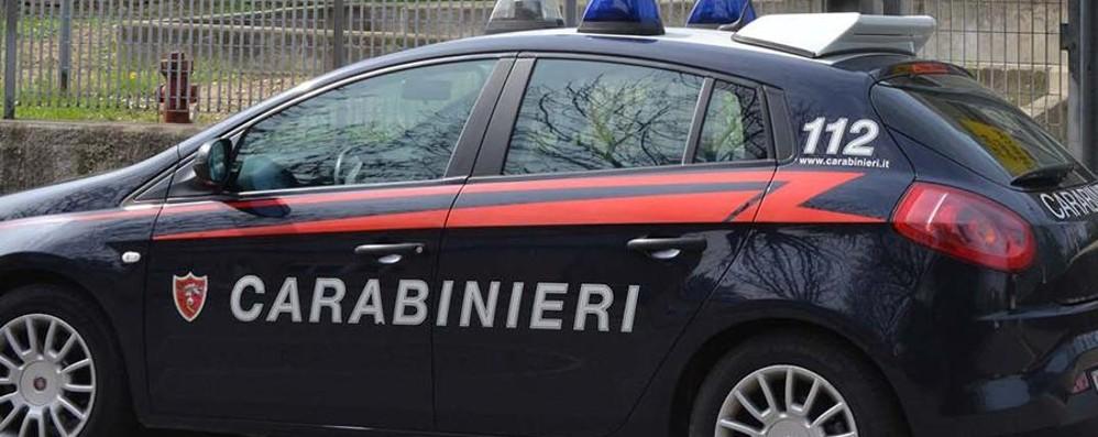 Violente faide tra famiglie Perquisizioni dei carabinieri