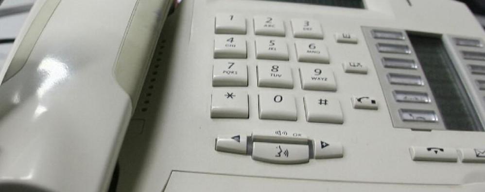 Il telefono fisso? Non funziona Cavi guasti: colpa dei fulmini