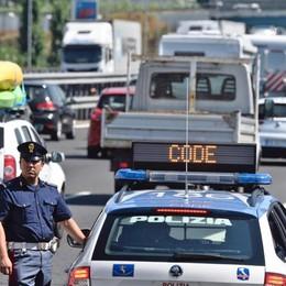 Oggi e domani giornate di esodo Attenzione alle code in autostrada
