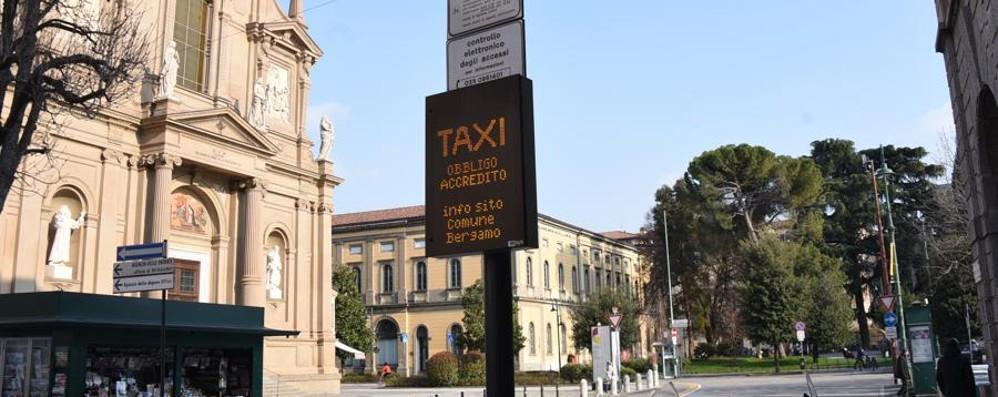 Bergamo, Ztl di largo Belotti In soli tre mesi 4.500 sanzioni