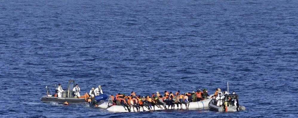 Migranti: in bozza Ue su Sophia manca proposta sbarchi