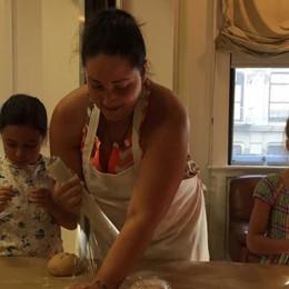 Amore e lavoro: la scuola d'italiano di Raffaella nella Grande Mela
