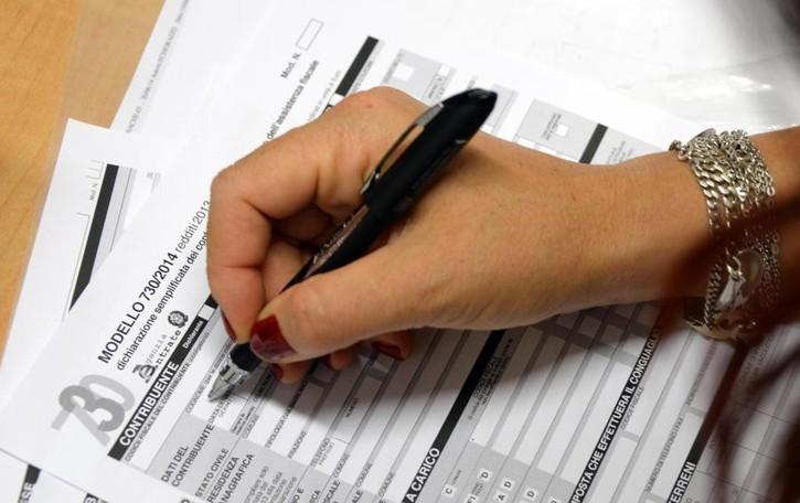 Quanto pesano le tasse sui cittadini? Una media di 12 mila euro a persona