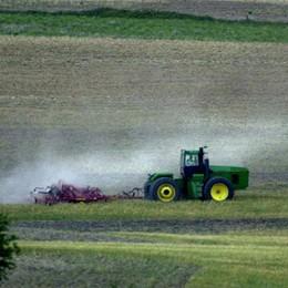 Vende un trattore on line per 8.500 euro È una truffa: scoperto 60enne di Bergamo