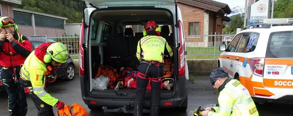 In cerca di funghi in Val Camonica Non torna a casa, muore 71enne di Albino
