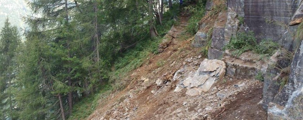 Val Brembana, frana la montagna Chiuso  sentiero tra i rifugi Calvi e Gemelli