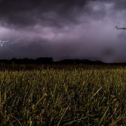 Meteo, temporali anche violenti Ma da domenica torna il sole