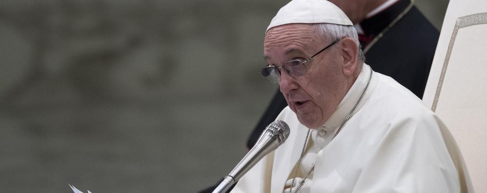 Critiche al Papa che vuole verità
