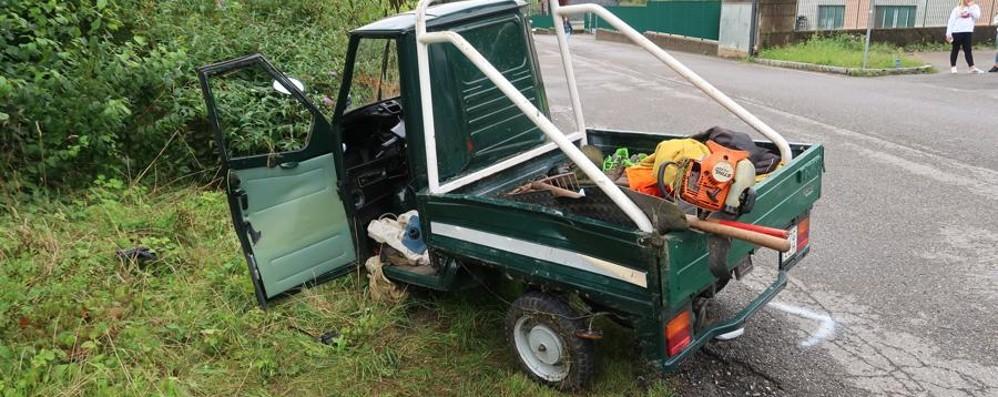 Val Seriana, Apecar contro furgone Gravi padre e figlio di 16 anni
