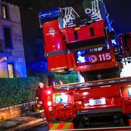 Violento temporale nella notte Vigili del fuoco in azione