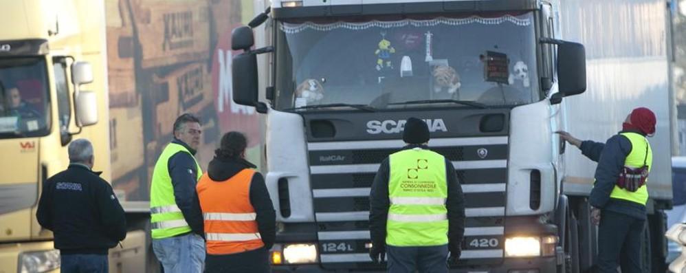 Autotrasporto, sciopero rinviato Non sarà ad agosto, ma a fine settembre