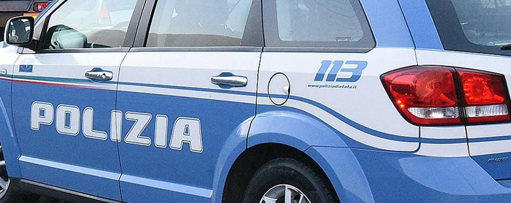 Pusher scappano con 3 kg di hashish  In autostrada inseguimento e arresto