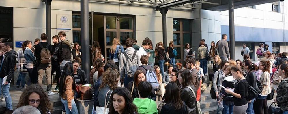Università, l'esercito dei 20 mila studenti Nuovo record: tutti i numeri su L'Eco