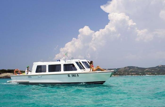 Sulla barca Delphina nelle acque della Gallura
