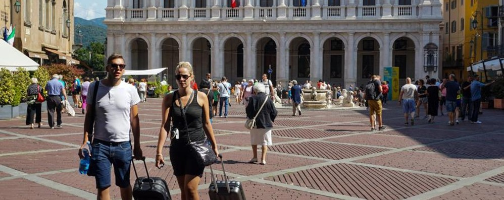 Bergamo piace ai turisti russi Boom del 38% tra le Mura Venete