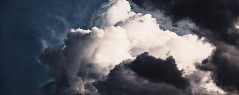 Nubifragi anche in Bergamasca L'allerta meteo: attenzione alla grandine