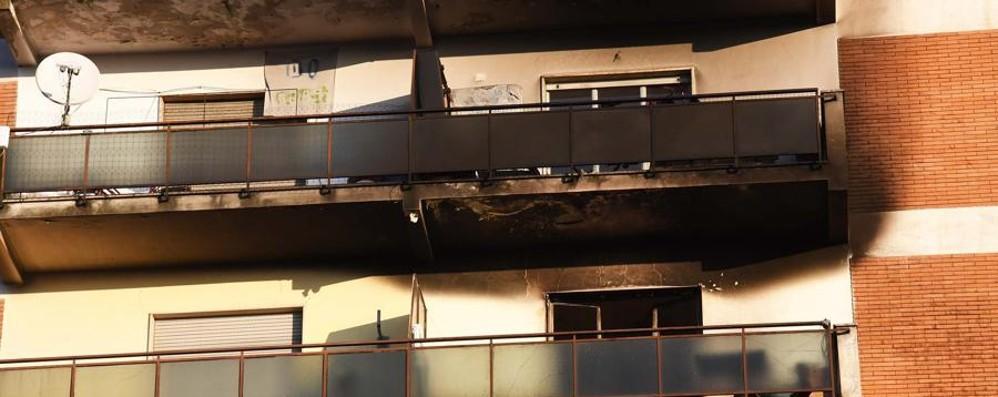 Parlano i residenti regolari di Zingonia «Dopo gli incendi,  incolumità a rischio»