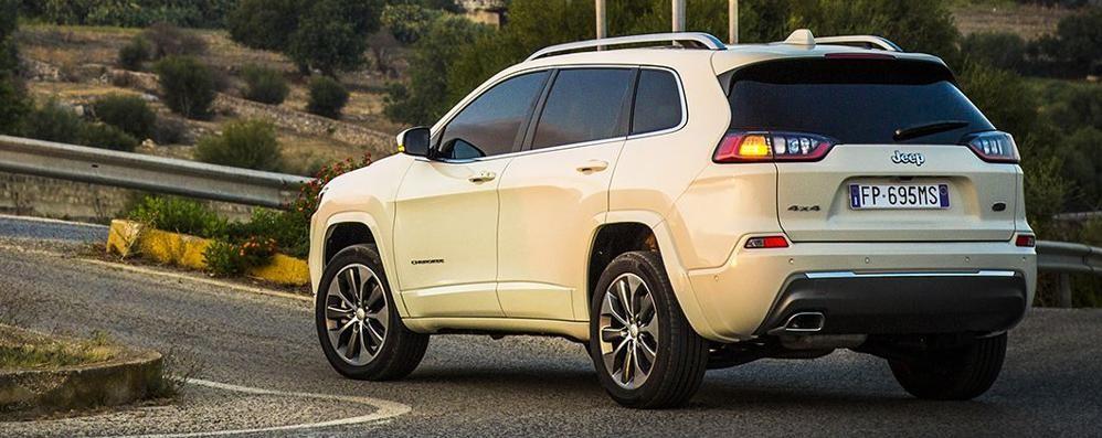 Nuova Jeep Cherokee Design più moderno