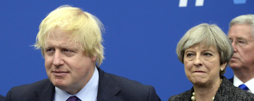 Brexit: Boris Johnson, piano May è come 'cintura kamikaze'