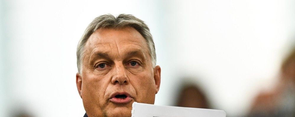 Il Parlamento Ue condanna Orban, ora decidono i leader