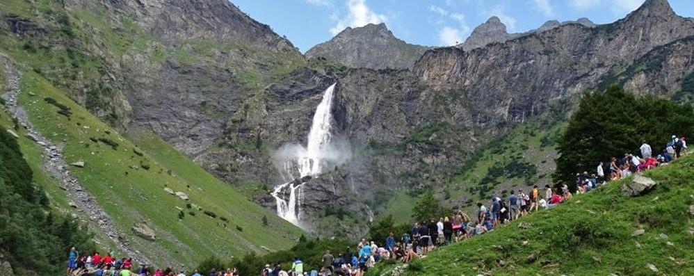 Domenica riaprono le cascate del Serio Le info sulla quarta apertura stagionale