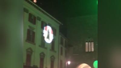 MolecoleShow «Energia tra le nuvole» Danzatori nel cielo di Piazza Vecchia