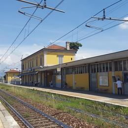 Calusco, treno extra per i pendolari Trenord: fermerà anche a Verdello