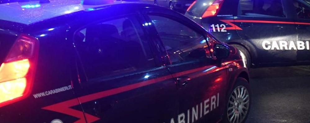 Perseguita e minaccia l'ex moglie  Poi si scaglia contro i carabinieri, arrestato