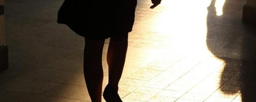 «Torna oppure ti vengo a prendere» 44enne in cella per stalking alla ex
