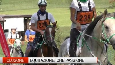 Clusone, equitazione con gara di cavalli