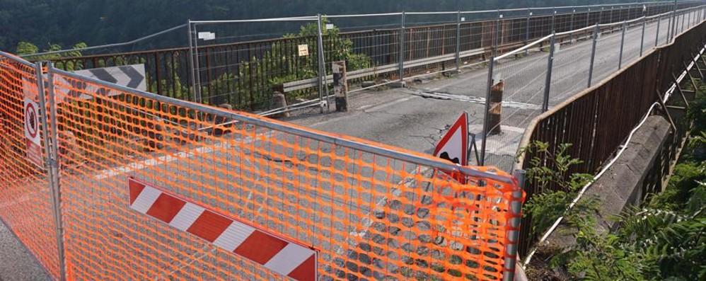 Ponte di Calusco, i due avvisi di Rfi «Chiuso un mese». «No, due anni»