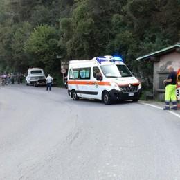 Brutta caduta, precipita vicino al Serio Chiusa la strada per la Val Gandino