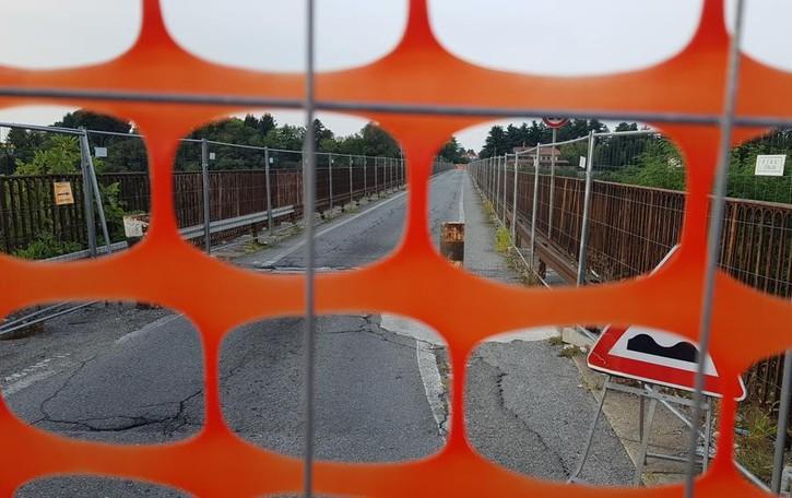 Ponte di Calusco, 10 giorni fa la chiusura «Ecco come è cambiata la mia vita»
