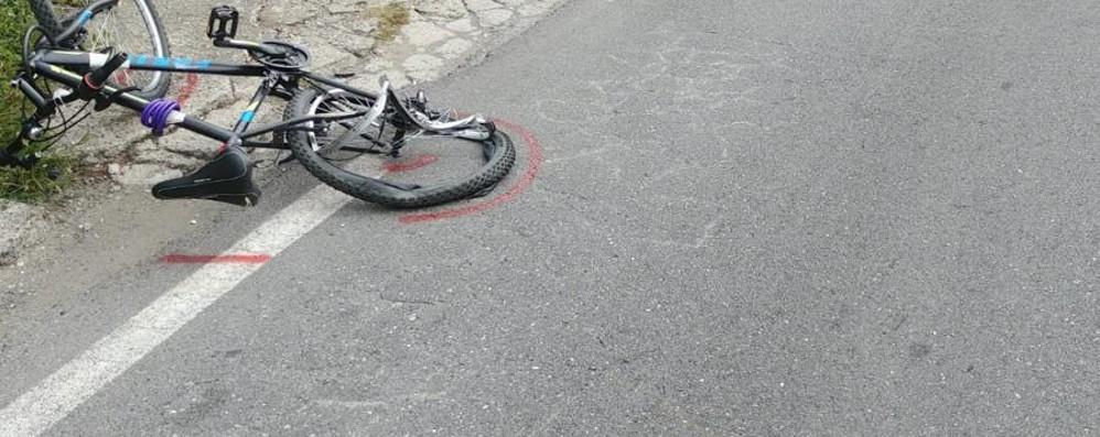 Sarnico, scontro auto-bici Grave un ciclista 33enne di Paratico