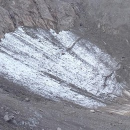 Ghiacciaio del Gleno verso l'estinzione Sciolti altri due metri nell'ultimo anno