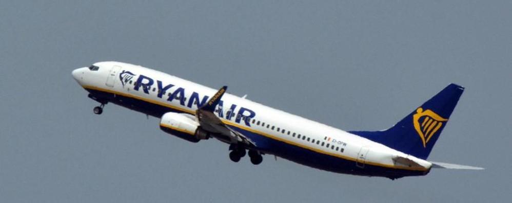 Ryanair, caos tariffe sui bagagli L'aumento anche per chi ha già il biglietto